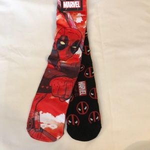 New - 2-Pack Deadpool Crew Socks